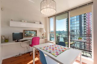 "Photo 16: 1805 33 SMITHE Street in Vancouver: Yaletown Condo for sale in ""COOPERS LOOKOUT"" (Vancouver West)  : MLS®# R2205849"