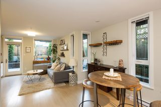 """Photo 11: 101 562 E 7TH Avenue in Vancouver: Mount Pleasant VE Condo for sale in """"8 ON 7"""" (Vancouver East)  : MLS®# R2212235"""