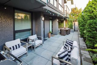 """Photo 3: 101 562 E 7TH Avenue in Vancouver: Mount Pleasant VE Condo for sale in """"8 ON 7"""" (Vancouver East)  : MLS®# R2212235"""