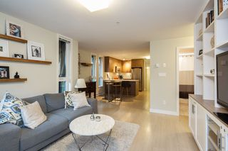 "Photo 8: 101 562 E 7TH Avenue in Vancouver: Mount Pleasant VE Condo for sale in ""8 ON 7"" (Vancouver East)  : MLS®# R2212235"