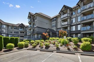 "Photo 1: 305 33318 E BOURQUIN Crescent in Abbotsford: Central Abbotsford Condo for sale in ""Nature's Gate"" : MLS®# R2217570"