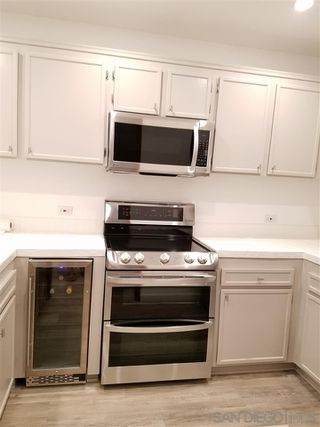 Photo 4: HILLCREST Condo for rent : 2 bedrooms : 3570 1st Avenue #5 in San Diego