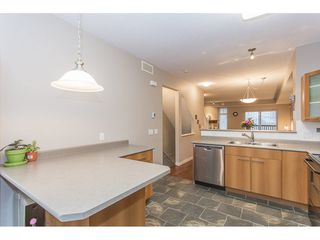 "Photo 9: 132 2000 PANORAMA Drive in Port Moody: Heritage Woods PM Townhouse for sale in ""MOUNTAINS EDGE"" : MLS®# R2223784"
