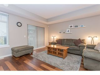 "Photo 4: 132 2000 PANORAMA Drive in Port Moody: Heritage Woods PM Townhouse for sale in ""MOUNTAINS EDGE"" : MLS®# R2223784"