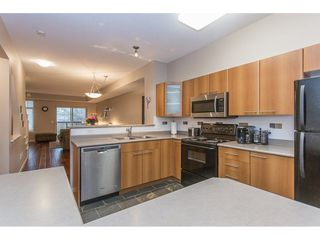 "Photo 8: 132 2000 PANORAMA Drive in Port Moody: Heritage Woods PM Townhouse for sale in ""MOUNTAINS EDGE"" : MLS®# R2223784"