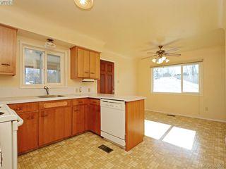Photo 6: 3441 Seaton St in VICTORIA: SW Tillicum House for sale (Saanich West)  : MLS®# 779665