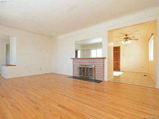 Photo 3: 3441 Seaton St in VICTORIA: SW Tillicum House for sale (Saanich West)  : MLS®# 779665