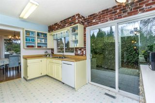 "Photo 10: 4965 198B Street in Langley: Langley City House for sale in ""Mason Heights"" : MLS®# R2245663"