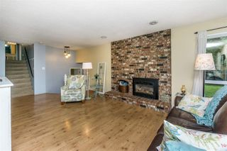 "Photo 6: 4965 198B Street in Langley: Langley City House for sale in ""Mason Heights"" : MLS®# R2245663"