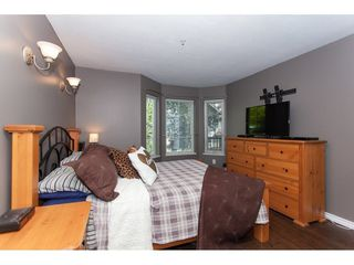 "Photo 15: 104 20881 56 Avenue in Langley: Langley City Condo for sale in ""Robert's Court"" : MLS®# R2260897"