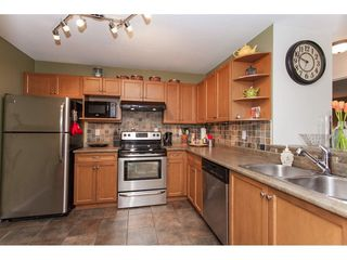 "Photo 10: 104 20881 56 Avenue in Langley: Langley City Condo for sale in ""Robert's Court"" : MLS®# R2260897"