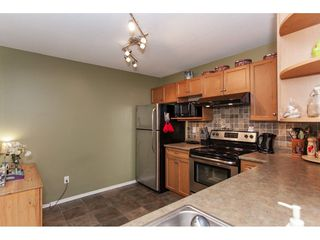 "Photo 13: 104 20881 56 Avenue in Langley: Langley City Condo for sale in ""Robert's Court"" : MLS®# R2260897"