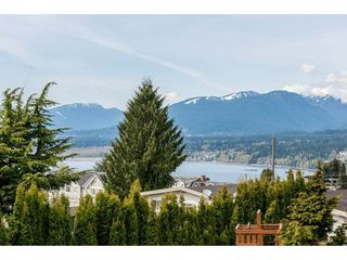 Photo 2: 7119 RIDGEVIEW Drive in Burnaby: Westridge BN House for sale (Burnaby North)  : MLS®# R2288712