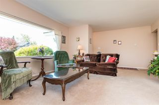 Photo 4: 15568 18 Avenue in Surrey: King George Corridor House for sale (South Surrey White Rock)  : MLS®# R2289871