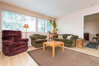Photo 11: 15568 18 Avenue in Surrey: King George Corridor House for sale (South Surrey White Rock)  : MLS®# R2289871