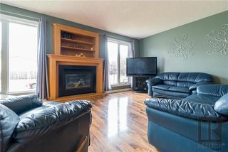 Photo 2: 67 Strand Circle in Winnipeg: River Park South Residential for sale (2F)  : MLS®# 1820526