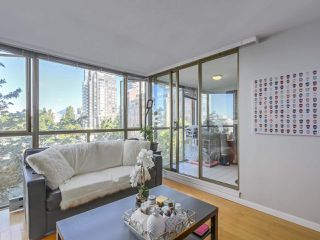 "Photo 4: 607 888 PACIFIC Street in Vancouver: Yaletown Condo for sale in ""PACIFIC PROMENADE"" (Vancouver West)  : MLS®# R2295781"