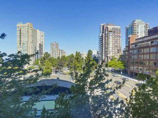 "Photo 10: 607 888 PACIFIC Street in Vancouver: Yaletown Condo for sale in ""PACIFIC PROMENADE"" (Vancouver West)  : MLS®# R2295781"