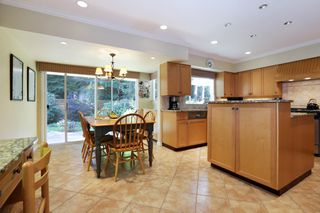 Photo 10: 5249 CLIFFRIDGE Avenue in North Vancouver: Canyon Heights NV House for sale : MLS®# R2306859