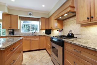 Photo 13: 5249 CLIFFRIDGE Avenue in North Vancouver: Canyon Heights NV House for sale : MLS®# R2306859