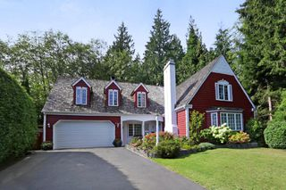 Photo 1: 5249 CLIFFRIDGE Avenue in North Vancouver: Canyon Heights NV House for sale : MLS®# R2306859
