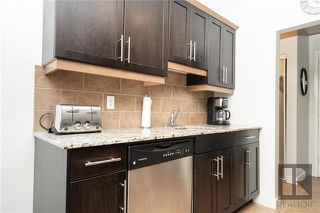 Photo 8: 301 565 Corydon Avenue in Winnipeg: Condominium for sale (1B)  : MLS®# 1828043