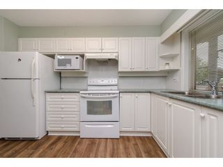 """Photo 9: 104 33731 MARSHALL Road in Abbotsford: Central Abbotsford Condo for sale in """"Stephanie Place"""" : MLS®# R2318447"""