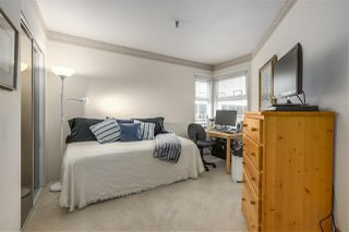 "Photo 11: 301 2010 W 8TH Avenue in Vancouver: Kitsilano Condo for sale in ""AUGUSTINE GARDENS"" (Vancouver West)  : MLS®# R2319806"