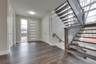 Photo 3: 9272 148 Street in Edmonton: Zone 10 House for sale : MLS®# E4137514