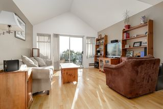 "Photo 4: 313 5335 HASTINGS Street in Burnaby: Capitol Hill BN Condo for sale in ""THE TERRACES"" (Burnaby North)  : MLS®# R2327030"