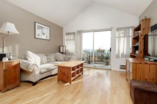 "Photo 5: 313 5335 HASTINGS Street in Burnaby: Capitol Hill BN Condo for sale in ""THE TERRACES"" (Burnaby North)  : MLS®# R2327030"