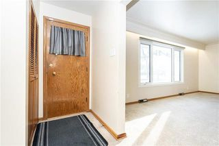 Photo 4: 843 Centennial Street in Winnipeg: River Heights Residential for sale (1D)  : MLS®# 1831738