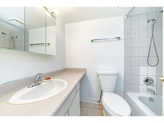"""Photo 12: 405 715 ROYAL Avenue in New Westminster: Uptown NW Condo for sale in """"Vista Royale"""" : MLS®# R2328335"""