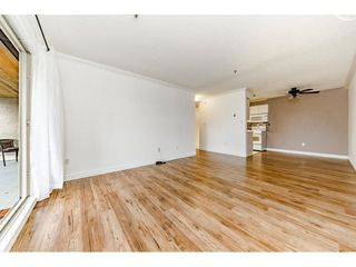 """Photo 7: 405 715 ROYAL Avenue in New Westminster: Uptown NW Condo for sale in """"Vista Royale"""" : MLS®# R2328335"""