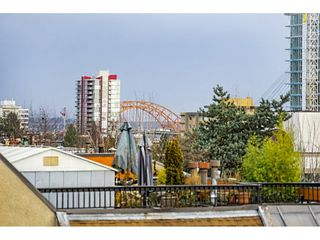 """Photo 16: 405 715 ROYAL Avenue in New Westminster: Uptown NW Condo for sale in """"Vista Royale"""" : MLS®# R2328335"""