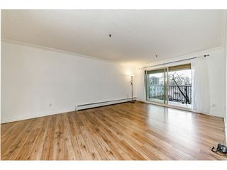 """Photo 6: 405 715 ROYAL Avenue in New Westminster: Uptown NW Condo for sale in """"Vista Royale"""" : MLS®# R2328335"""