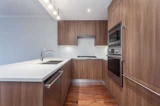 """Photo 3: 807 185 VICTORY SHIP Way in North Vancouver: Lower Lonsdale Condo for sale in """"Cascade At The Pier"""" : MLS®# R2329010"""