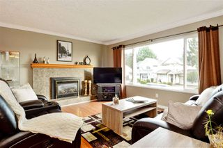 Photo 2: 4445 46B Street in Delta: Ladner Elementary House for sale (Ladner)  : MLS®# R2329779