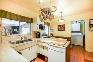 Photo 6: 4808 RUMBLE Street in Burnaby: South Slope House for sale (Burnaby South)  : MLS®# R2338117