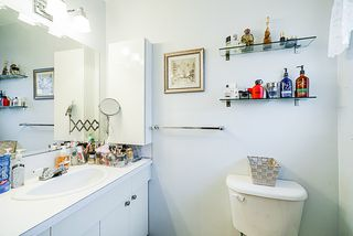 Photo 17: 4808 RUMBLE Street in Burnaby: South Slope House for sale (Burnaby South)  : MLS®# R2338117