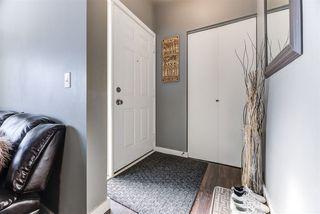 Photo 2: 9332 167A Avenue in Edmonton: Zone 28 House for sale : MLS®# E4143332