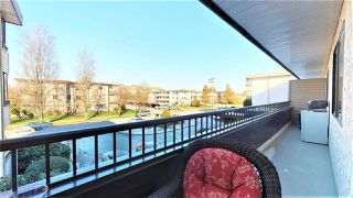 "Photo 13: 205 20420 54 Avenue in Langley: Langley City Condo for sale in ""Ridgewood Manor"" : MLS®# R2341172"