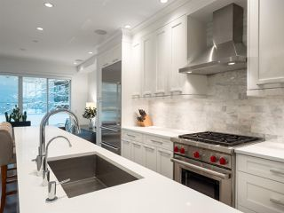 "Photo 4: 922 W 15TH Avenue in Vancouver: Fairview VW Townhouse for sale in ""Tisdall Row"" (Vancouver West)  : MLS®# R2343106"