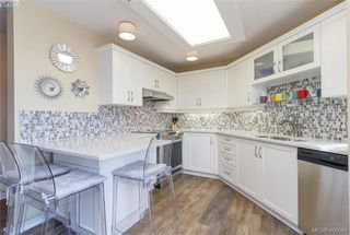 Photo 12: 209 1083 Tillicum Road in VICTORIA: Es Kinsmen Park Condo Apartment for sale (Esquimalt)  : MLS®# 406061