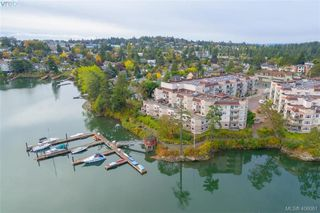 Photo 1: 209 1083 Tillicum Road in VICTORIA: Es Kinsmen Park Condo Apartment for sale (Esquimalt)  : MLS®# 406061