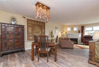 Photo 11: 209 1083 Tillicum Road in VICTORIA: Es Kinsmen Park Condo Apartment for sale (Esquimalt)  : MLS®# 406061