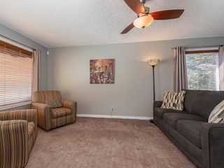 Photo 2: 12 140 STRATHAVEN Circle SW in Calgary: Strathcona Park Semi Detached for sale : MLS®# C4229318