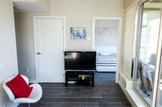 Photo 7: 702 1221 BIDWELL Street in Vancouver: West End VW Condo for sale (Vancouver West)  : MLS®# R2353633