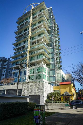 Photo 2: 702 1221 BIDWELL Street in Vancouver: West End VW Condo for sale (Vancouver West)  : MLS®# R2353633