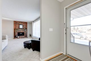 Photo 2: 11719 28 Avenue in Edmonton: Zone 16 House for sale : MLS®# E4152163